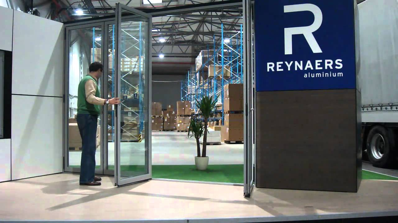 REYNAERS BI-FOLDING DOORS Woking surrey
